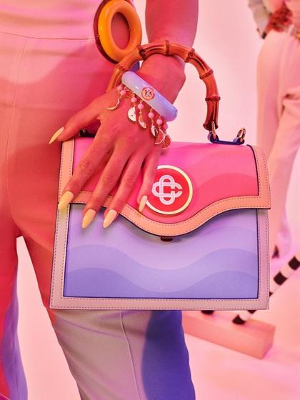 2022春夏巴黎女包 图片